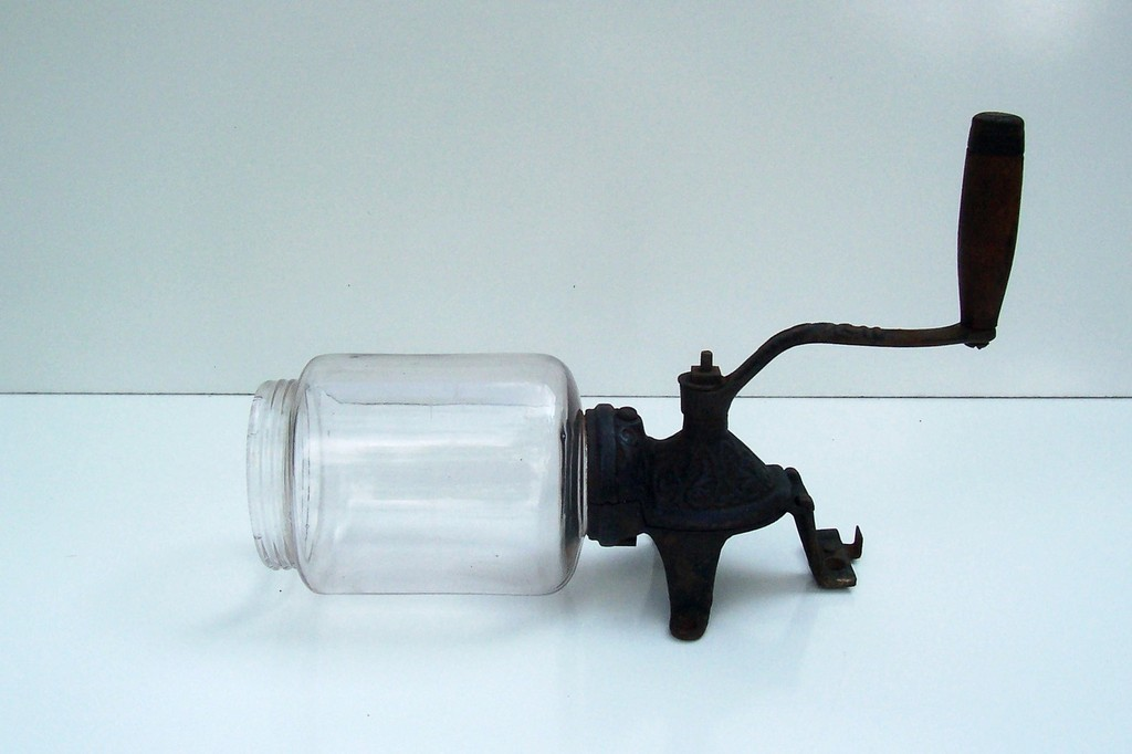 antique glass coffee grinder, hario coffee grinder, coffee grinder made in italy