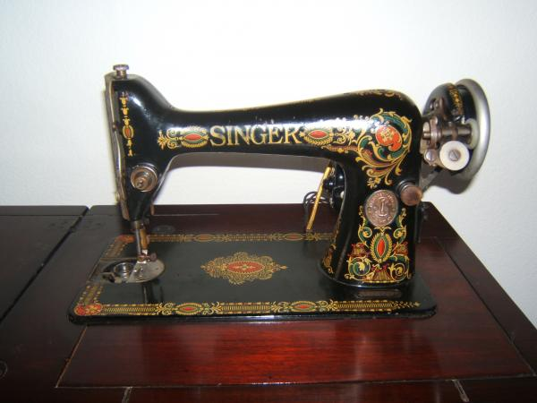 old singer sewing machine, elna sewing machine, industrial sewing machine