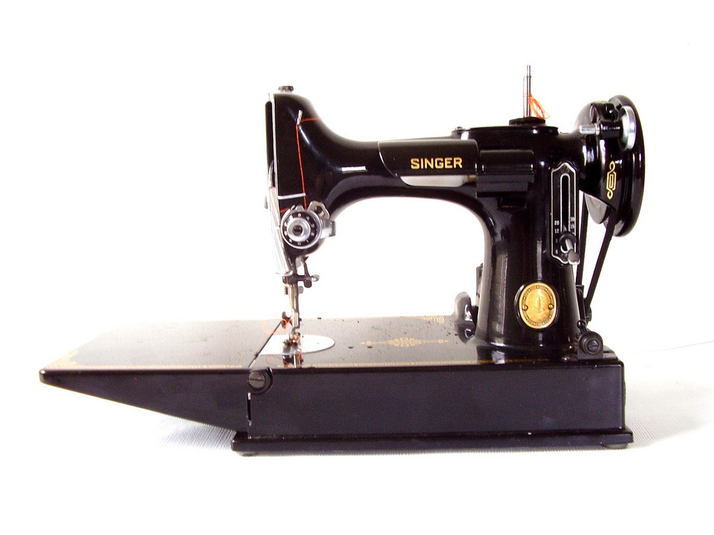 singer featherweight sewing machine, white sewing machine, franklin treadle sewing machine